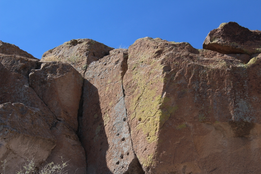 Pictographs, Tsankawi Village Trail, New Mexico